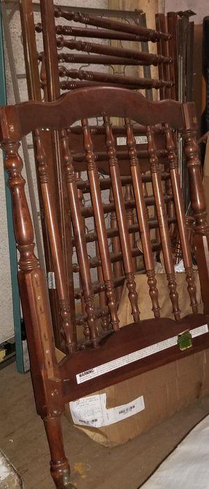 Baby crib for Sale in Lansing, MI