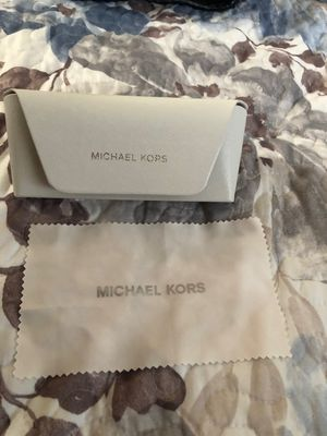 Michael kors original Brand new never used case and cloth for glasses asking $10 FIRM for Sale in Lynwood, CA