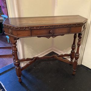 Vintage Console Table for Sale in Harrison, NY