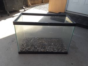 20 gallon fish tank for Sale in Galt, CA