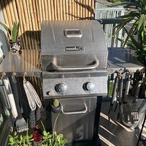 NexGrill 2 Burner BBQ for Sale in Los Angeles, CA