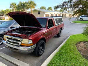 1999 Ford Ranger XLT Long bed with topper for Sale in Oviedo, FL