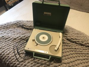 Vintage GE Portable Record Player for Sale in Kirkland, WA