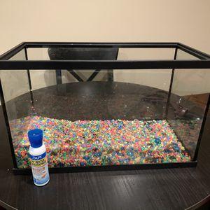 10 Gallon Fish Tank & Water Conditioner for Sale in Reston, VA
