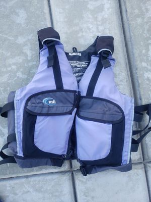 Medium/Large Kayaking Life Vest for Sale in Norco, CA