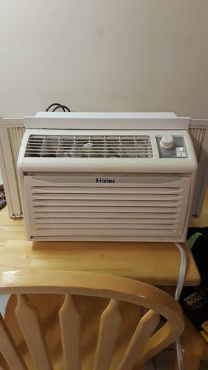 Haier window unit AC for Sale in Chelmsford, MA
