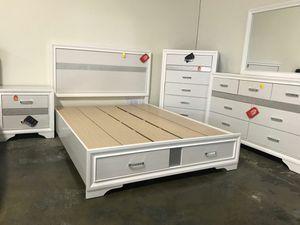 Coaster Miranda Storage Bed Frame, Queen Size, White for Sale in Garden Grove, CA