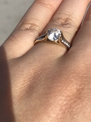 ENGAGEMENT RING 14K GOLD for Sale in Boston, MA