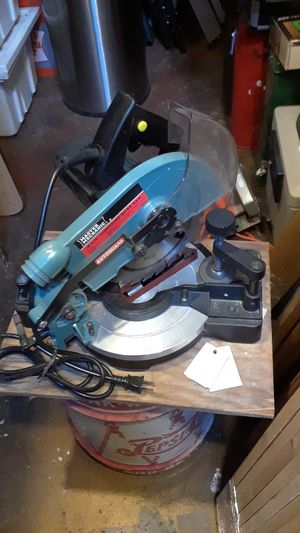 Master Mechanic 8-1/4 compound Miter Saw for Sale in Portland, OR