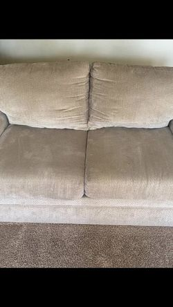 Free Couch for Sale in Camas,  WA