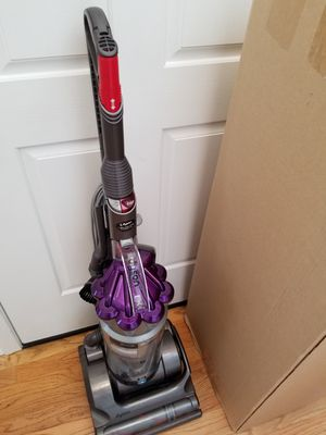 NEW cond Dyson DC17 Animal vacuum with complete ATTACHMENTS, AMAZING POWER suction, in the BOX, WORKS EXCELLENT, for Sale in Federal Way, WA