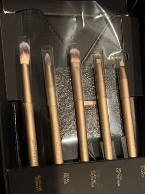 Make up by Mario eye brush set for Sale in Victorville, CA
