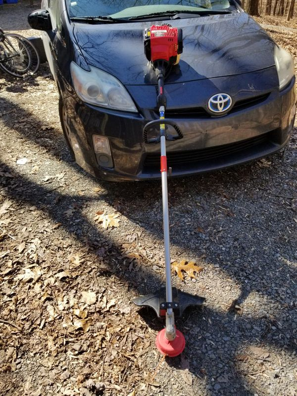 Troy Bilt 4 cycle weed eater