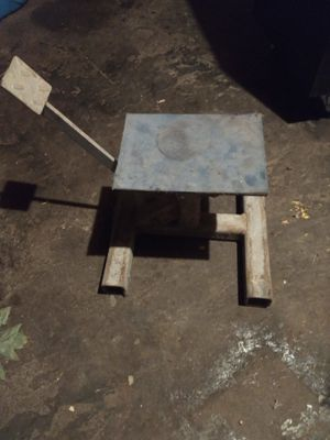 Dirt bike stand for Sale in Mulino, OR