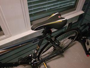 Schwinn Volare 1200 Road Bike for Sale in Orlando, FL