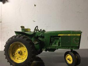 John deere cast aluminum tractor for Sale in Roseville, MI
