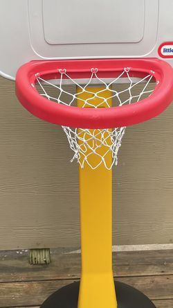 Excellent condition basketball hoop for Sale in Beaverton,  OR