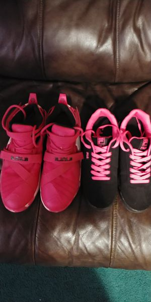 women s shoes Nike brand black and pink number 7.5 and pink and white  number 7 good cf67c37db