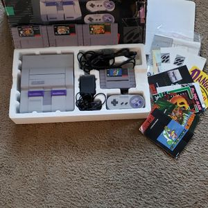 Super Nintendo With Box for Sale in Long Beach, CA