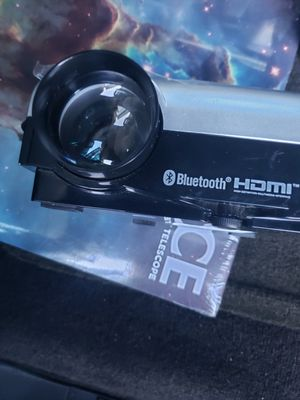 Hd projector bluetooth hdmi for Sale in Plantation, FL