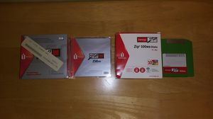 Brand New IOMEGA Rewritable ZIP DISK 100 MB and 250 MB for Sale in New Hope, PA