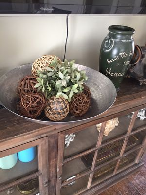Large Centerpiece bowl with everything included for Sale in Santa Monica, CA
