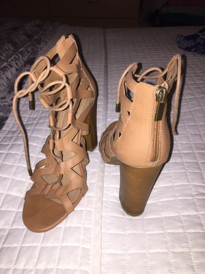 Barely worn high heels for Sale in Perris, CA