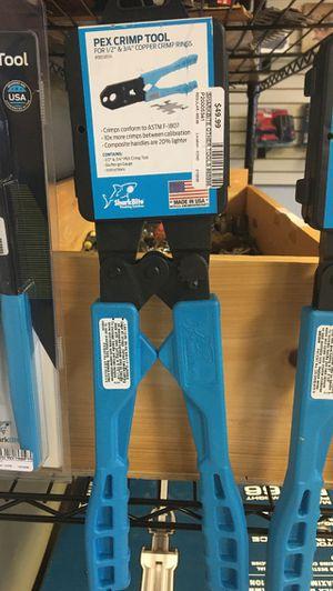 SharkBite pex crimp tool 1/2-3/4 for Sale in Charlottesville, VA