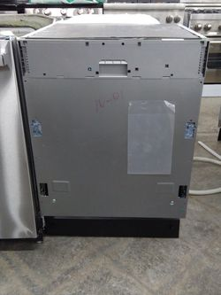 Viking Panel Ready Dishwasher for Sale in Chino Hills,  CA