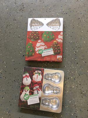 New Wilton mini snowmen & Christmas tree pans for Sale in Chesapeake, VA
