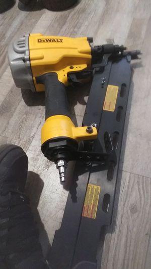 Dewalt 21inch nail gun framing for Sale in Bakersfield, CA