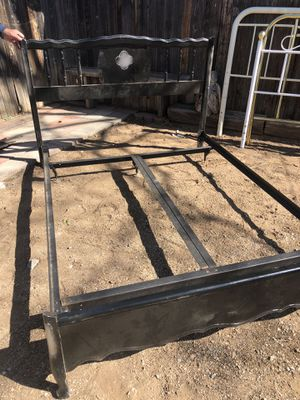 Queen bed Frame $45 for Sale in Albuquerque, NM