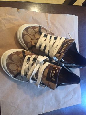 Coach size 7B for Sale in West Covina, CA