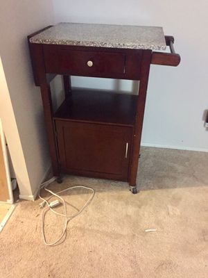 Solid hard wood kitchen island with wheels, knife holder and paper towel holder for Sale in San Mateo, CA