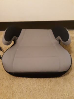 Burel juvenile group booster seat for Sale in Ruffs Dale, PA
