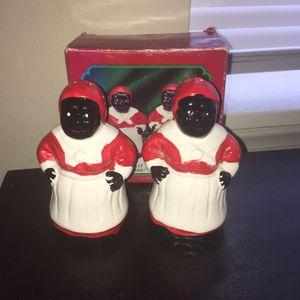 VINTAGE SALT & PEPPER SHAKERS for Sale in Baltimore, MD