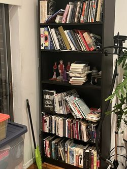 Bookshelf, great condition for Sale in Queens,  NY