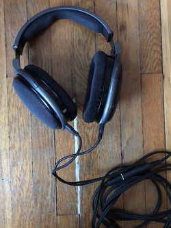 Sennheiser HD 650 Audiophile Open Back Headphones for Sale in Lancaster,  PA
