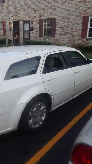 Dodge magnum for Sale in Columbus, OH
