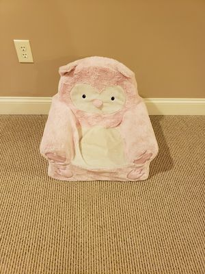 Kids chair Pink for Sale in Buffalo, NY
