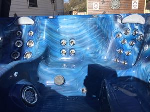 Hot tub for Sale in Bloomsburg, PA