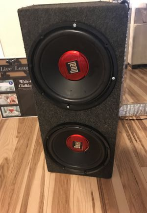 12 inch dual subs sound system speaker box and amp OBO for Sale in UPR MARLBORO, MD