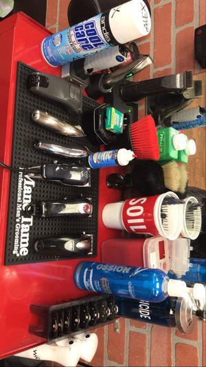 Barber supplies, Wahl, Andis clippers for Sale in Los Angeles, CA