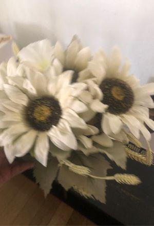 Fake White Flower Plant for Sale in Burbank, CA