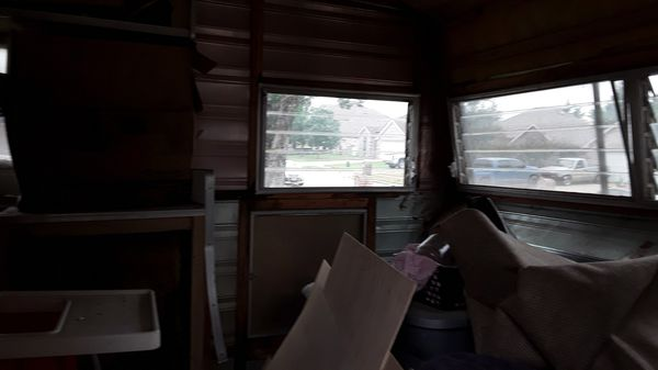 Camper (needs TLC )