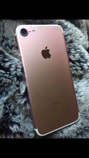 iphone 7 mint condition - $250 (lake mary orlando) rose gold iphone no scams or low ballers for Sale in Maitland, FL