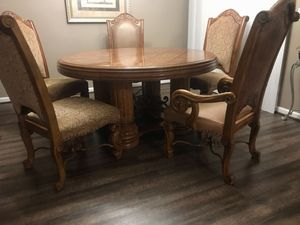 Wood dining room table & 5 chairs for Sale in Lexington, KY