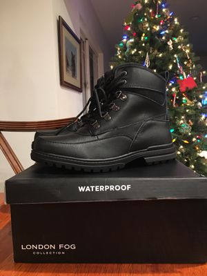 Men's Boots Waterproof Size 11 New in Box for Sale in Fullerton, CA