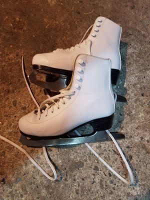 ice skates for Sale in Pawtucket, RI