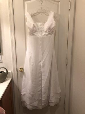 Wedding dress size 14-16 for Sale in Phoenix, AZ
